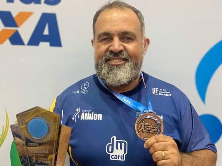 Rene da Costa Quintas Oliveira